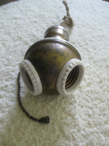 OLD ORIGINAL ANTIQUE DOUBLE BENJAMIN CLUSTER SOCKET