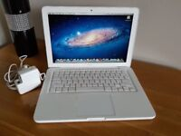 "APPLE MACBOOK CORE 2 DUO 13"" WHITE 2010 REFURBISHED"