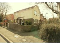 One bedroom house to let in Bolton