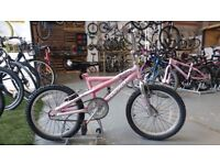 GIRLS MAGNA INSPIRE BIKE 18 INCH WHEELS PINK/CHROME GOOD CONDITION