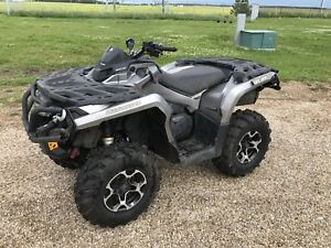 Only 391 km ! 2013 can am outlander 800r xt
