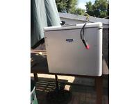 Eskimo ice cold 3 way fridge