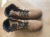 Dewalt safety boots size 10