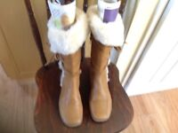 Lady Size 4 Brown Leather Boots 50 Pounds From new, sale for 15Pounds