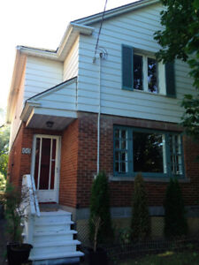 New Price! Glebe house - beautiful - centrally located