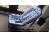 Mothercare baby rocker / bouncer seat, excellent condition.