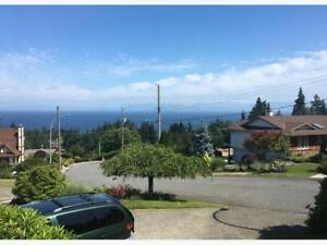 1 or 2 or 4br family house/ excellent ocean view/ nice location