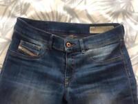 Women's Diesel jeans W28
