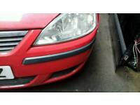 Vauxhall corsa 2004 bumper bonnet and two headlights