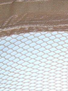 Lot de 600 bas stay-up fishnet beige pour $300.