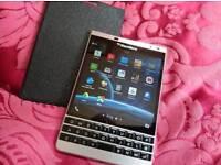 Blackberry passport silver Edison mobail phone