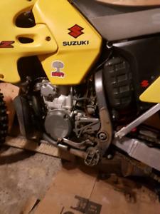 2000 Suzuki rm 250 2 stroke