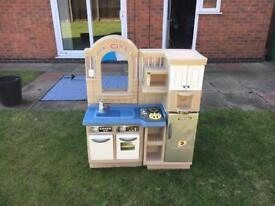 Little Tykes Play kitchen and BBQ