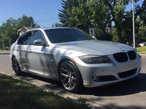 BMW 335xi drive LOW KMS price reduced