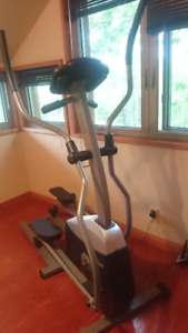 Elliptique Tempo Fitness 610E