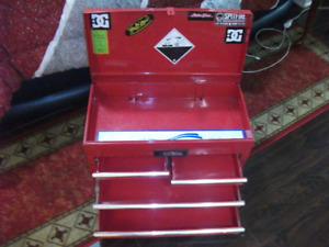 Six drawer with top storage toolbox for sale
