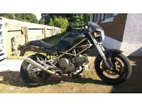 Ducati Monster 600 Black Stunning