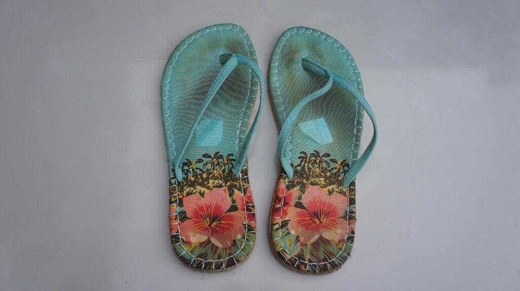 Size 8/41 Sandals