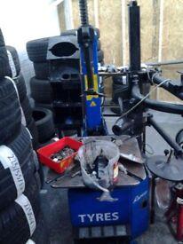 200 tyres plus tyre machine