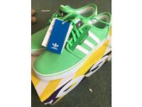 Adidas Original sneaker UK 6
