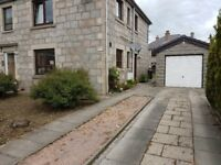 2 Bed self contained ground floor furnished flat with garage in central Inverurie