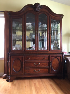 12 Piece Dining Room Set with Buffet/Hutch and Serving Cabinet