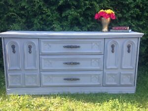 Don't miss! Solid wood, rustic dresser - Free delivery