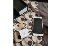 Samsung Galaxy S6 32 GB White EE - Used (Very good condition)