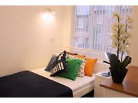 BRIGHT & SPACIOUS NEWLY REFURBISHED DOUBLE ROOM WITH ENSUITE - AVAILABLE 25th AUGUST