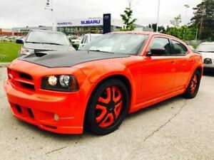 2006 Dodge Charger,  HEMI, AUTO, LEATHER, ONLY 140,000 KM MINT!!