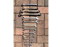 Various metric spanners.
