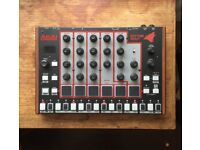 AKAI RHYTHM WOLF DRUM MACHINE/BASS SYNTH