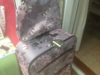 Extra Large Suitcase and Hand Luggage Bag