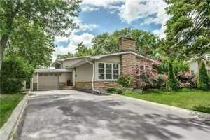 Beautiful Home & Lot On A Desirable Street Backing Onto A Park