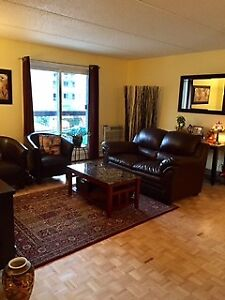 4 1/2 Beautiful & Clean Air Conditioned Apt in the West Island