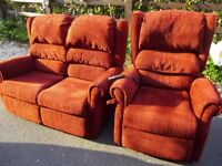 SUITE cost £1950 ELECTRIC RISER RECLINER CHAIR + matching 2 seat sofa settee, CAN DELIVER