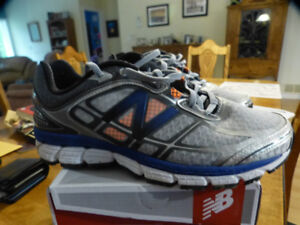 Men's New Balance 860 running shoes
