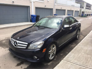 2009 Mercedes Benz C350 AWD, FULLY LOADED