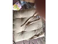 4 x seat cushions