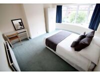 ==EXCELLENT DOUBLE ROOM in a nice flatshare!==DONT MISS IT