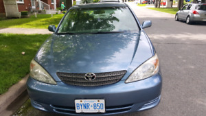 Toyota camery 2002 for sale $ 2000