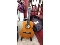 BM SPANISH CLASSICAL GUITAR WITH STAND AND CARRYING BAG