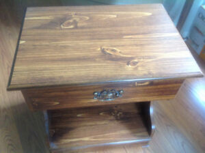 End table/night stand
