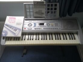 Silver mid electronic keyboard Acoustic Solutions MK-928