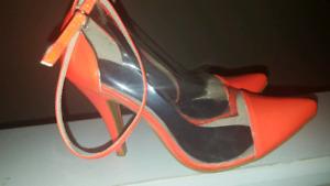 Size 10 Neon orange pumps