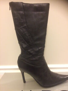 Mid calf Black Leather Pointy toe Stiletto Boot