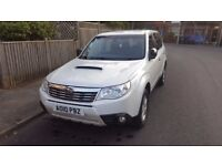 SUBARU FORESTER X 2.0 DIESEL 2010 - VERY NICE, FULL SERVICE HISTORY - ENGINE NOT START - DAMAGED