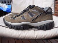 Mens walking shoes Caterpillar size 8 ( 42 )