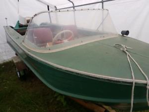 15 ft aluminum boat, trailer, 40 hp johnson