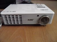 acer projector H5360